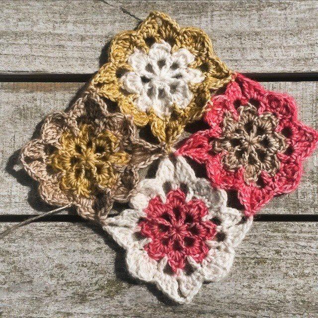 62soso crochet flower squares
