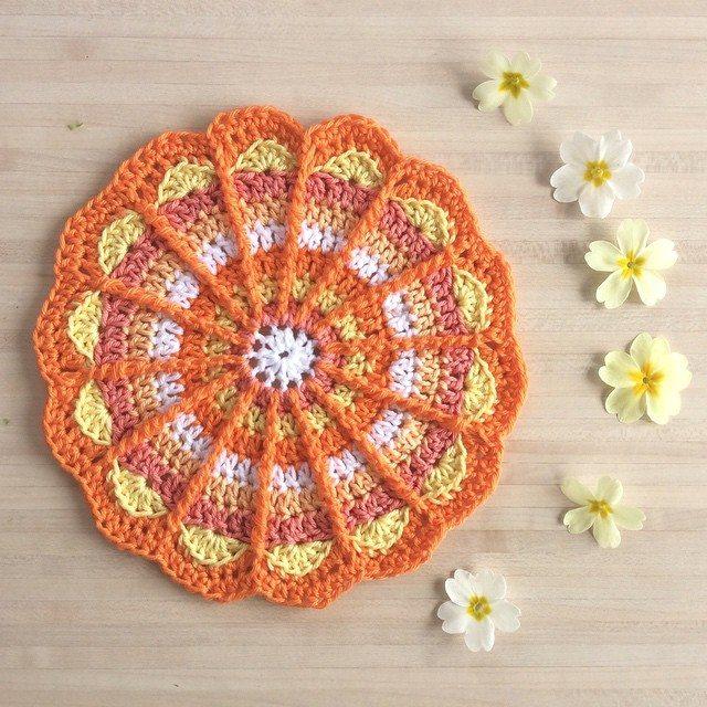 aglaelaser crochet mandala