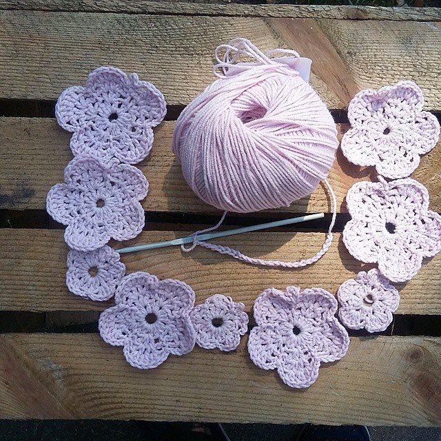 babagabaa crochet flowers