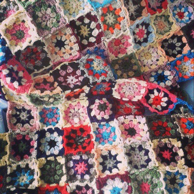 birnefeskeyif colorful crochet blanket squares