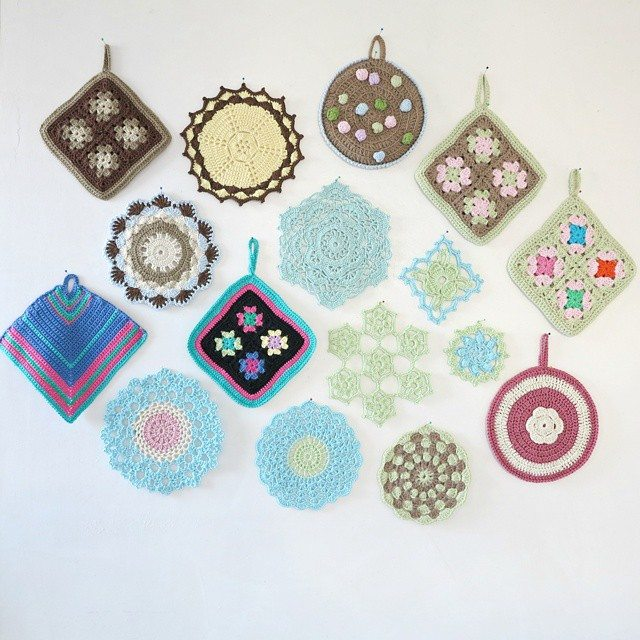byhaafner crochet doily potholder display