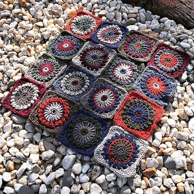 capturedbyheart crochet squares