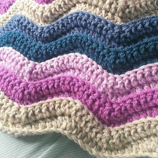 clare_webb13 crochet ripple blanket