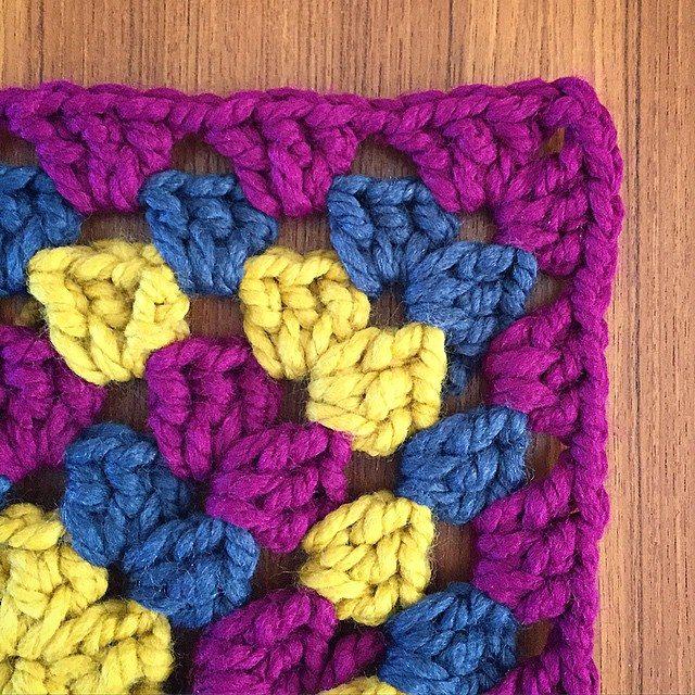 cozamundo crochet shunky granny square