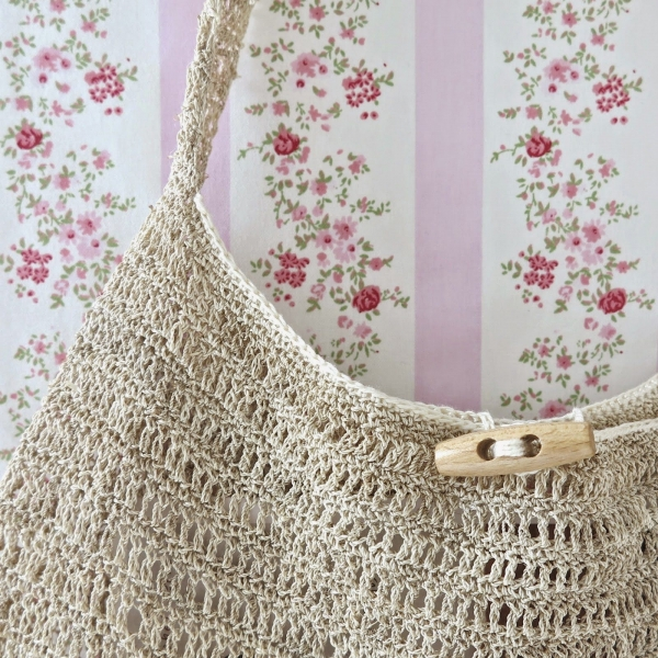 Free Crochet Shell Purse Pattern : New Crochet Patterns + Tutorials, Art, Fashion and More ...