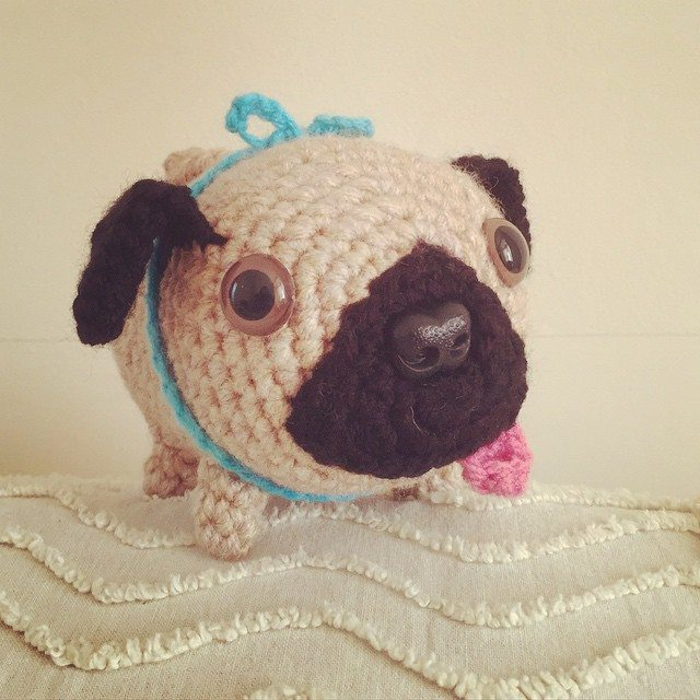 cuteashook crochet pug