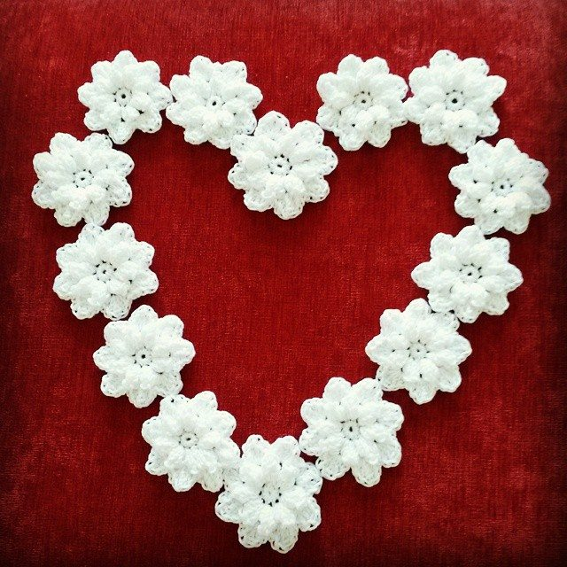 elzavan912 crochet flower heart wedding