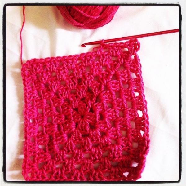 granny square crochet pink