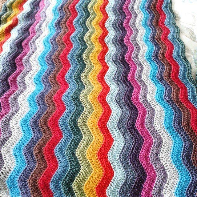 hanrosieg crochet ripple blanekt