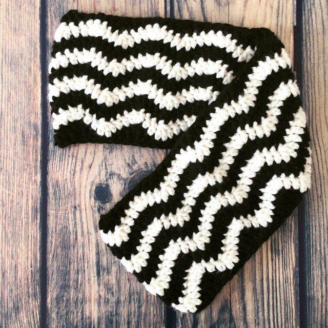 heartmadebeanies crochet cowl