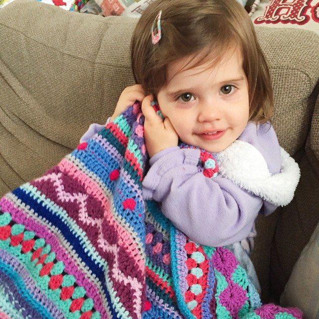 holly_pips crochet baby blanket