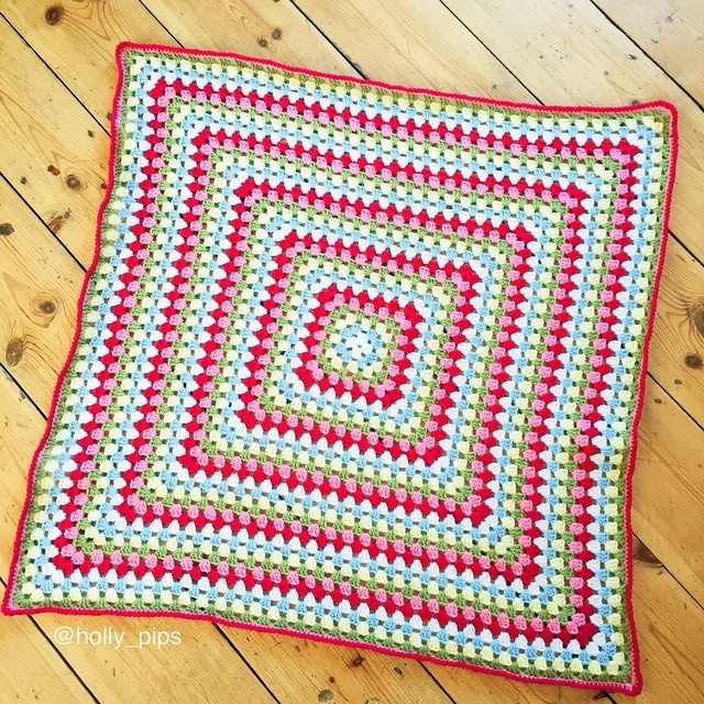 holly_pips crochet granny square blanket