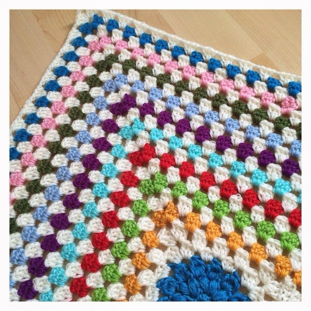 joyfuljaxcrochets.and.knits rainbow crochet blanket