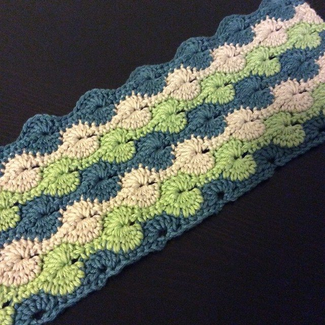 knitpurlhook crochet cushion