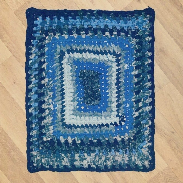 little_v_and_me upcycled jeans crochet