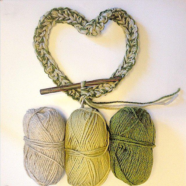 louloudeane crochet heart yarn