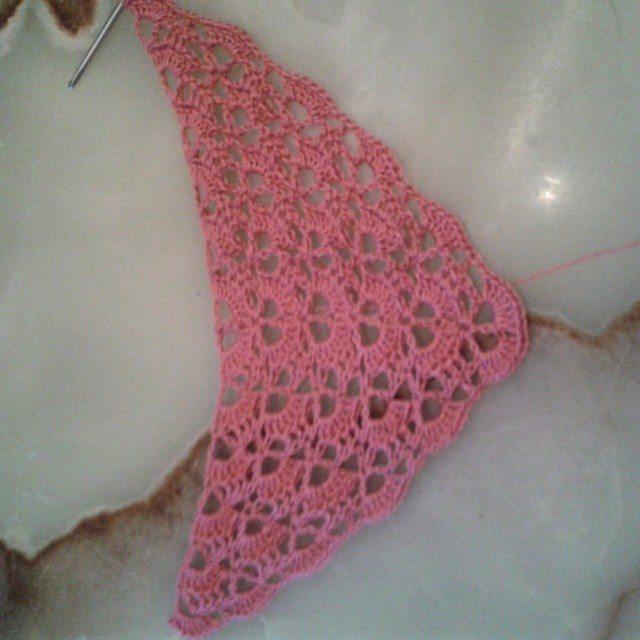 mammalanie crochet shawl