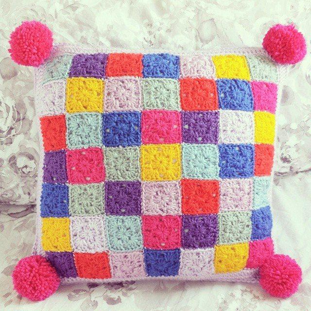 missmotherhook crochet pom cushion
