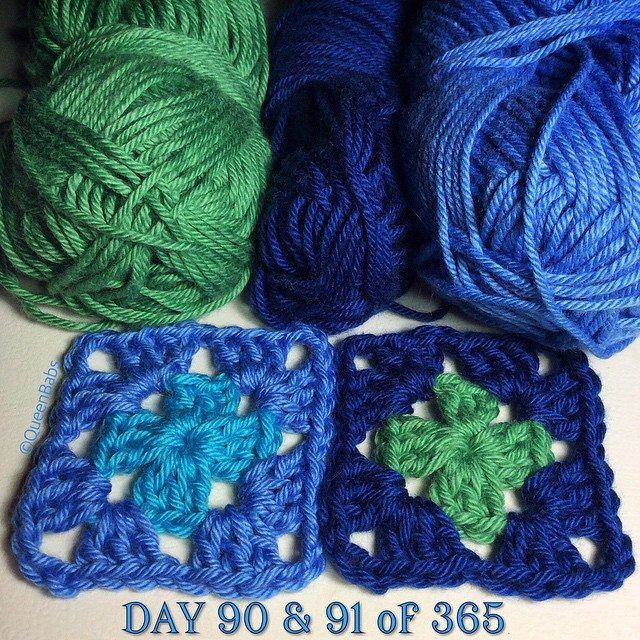 queen_babs crochet squares blue