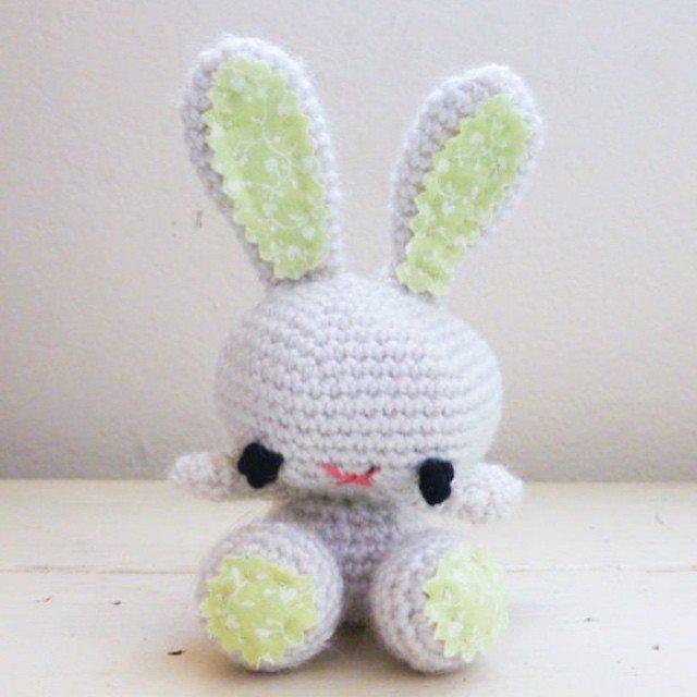 stitchyimpressions crochet bunny