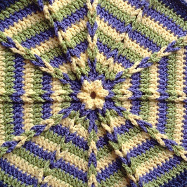tintocktop crochet mandala