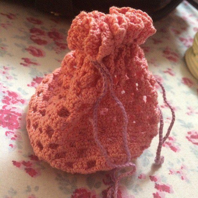 twotie14 crochet bag