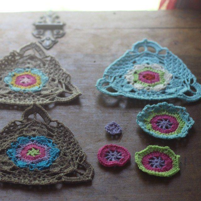 woolyana crochet motifs