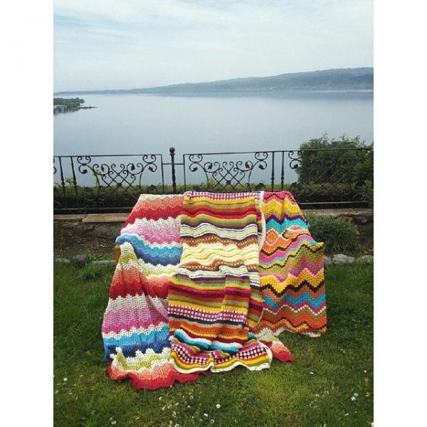 annesurr crochet blankets