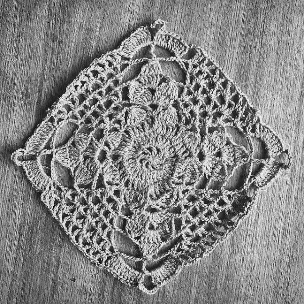 cozamundo crochet square