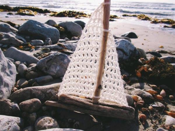 crochet driftwood sailboat
