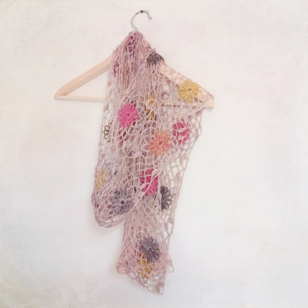 Crocheting Scarves : Crochet scarf free pattern from Magda de Lange of Pigtails