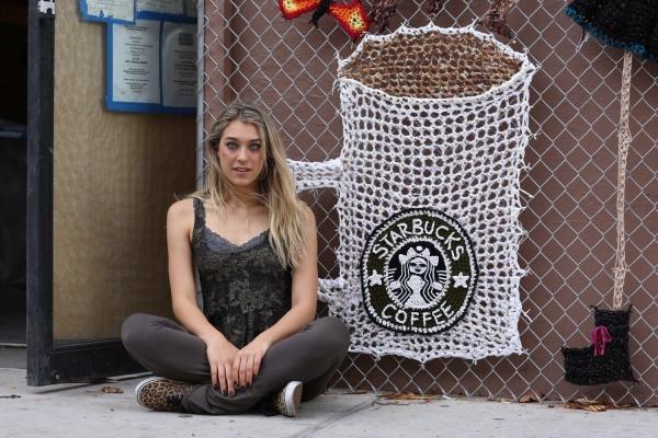 crochet starbucks