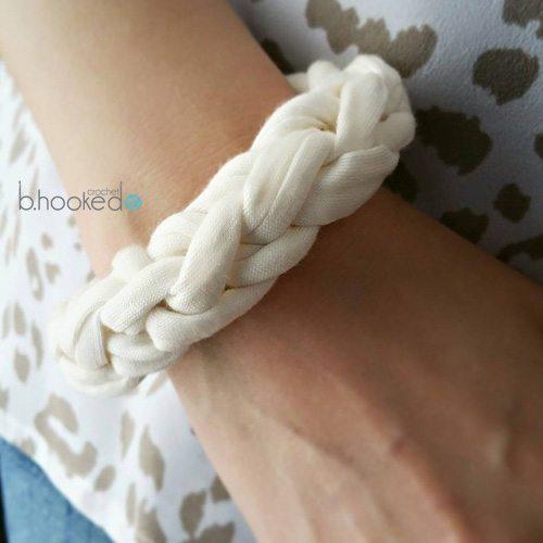 crochet tshirt yarn bracelet