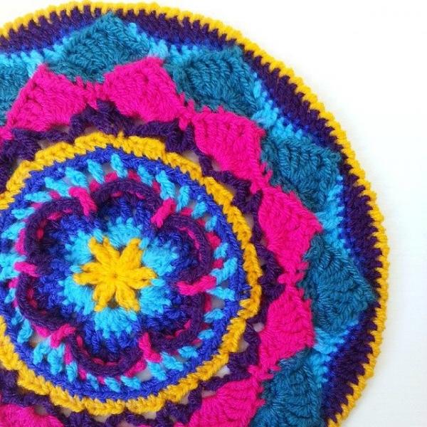 crowchet_handmade crochet mandala
