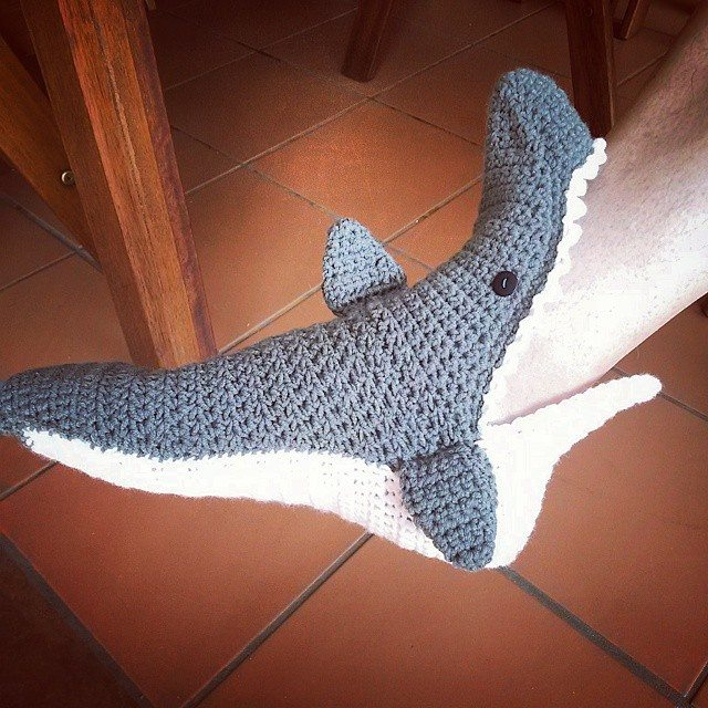 elzavan912 crochet shark