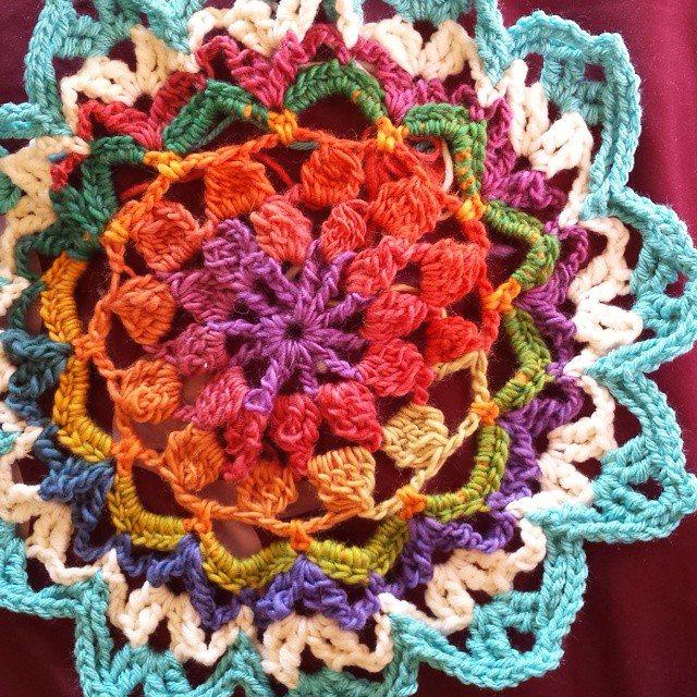 gigididthis crochet mandala