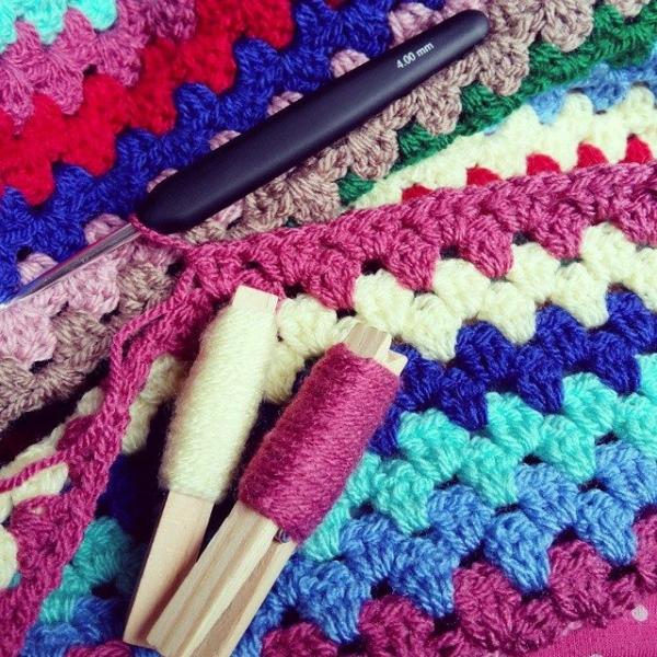 girlfromalittletown crochet granny blanket