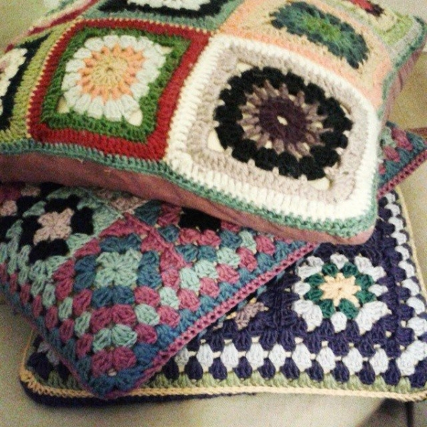 hanrosieg crochet cushions