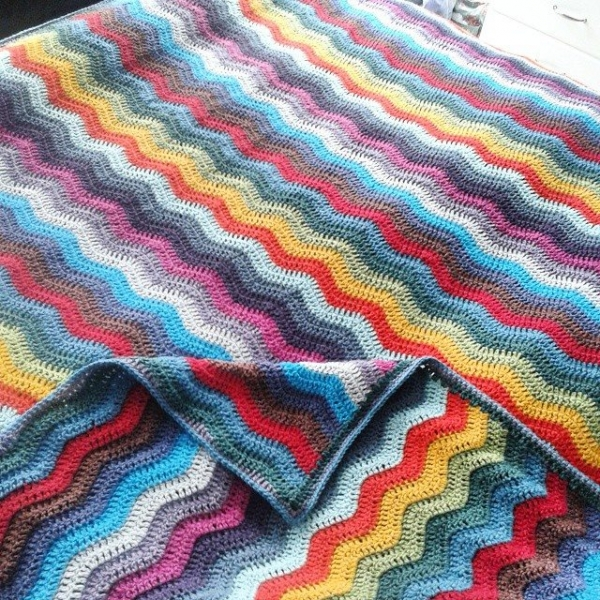 hanrosieg crochet ripple blanket