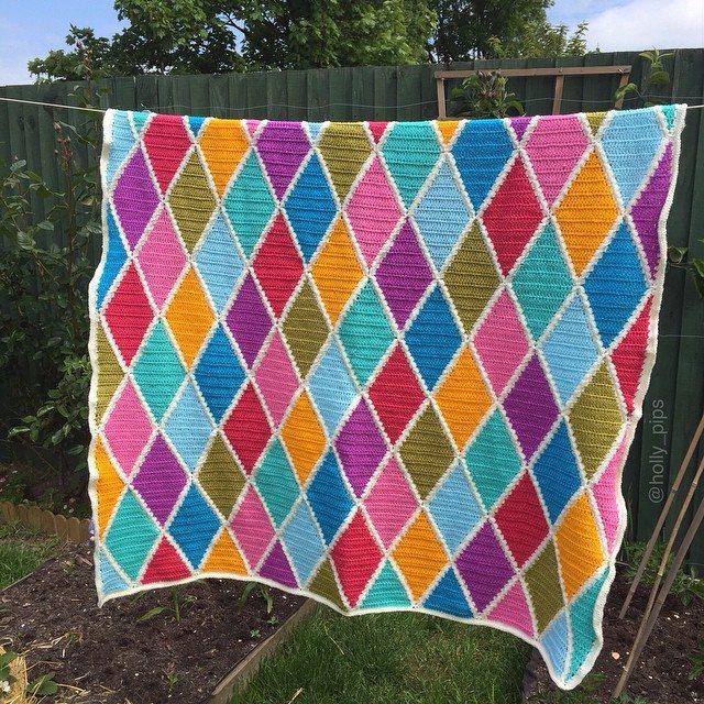 holly_pips crochet diamond blanket