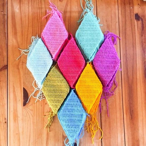 holly_pips diamonds crochet
