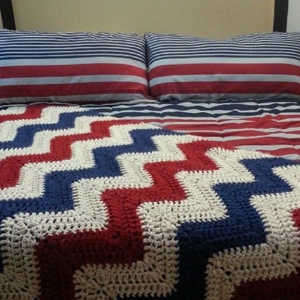 jmad66 flag color ripple crochet