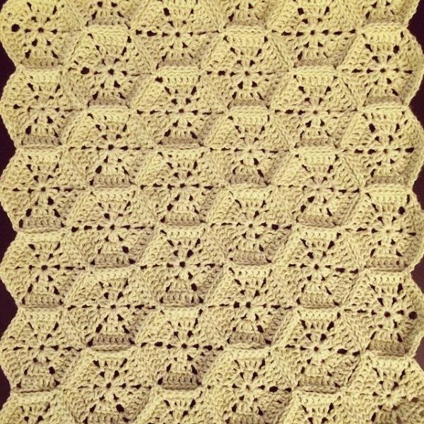 knitpurlhook crochet blanket cushion