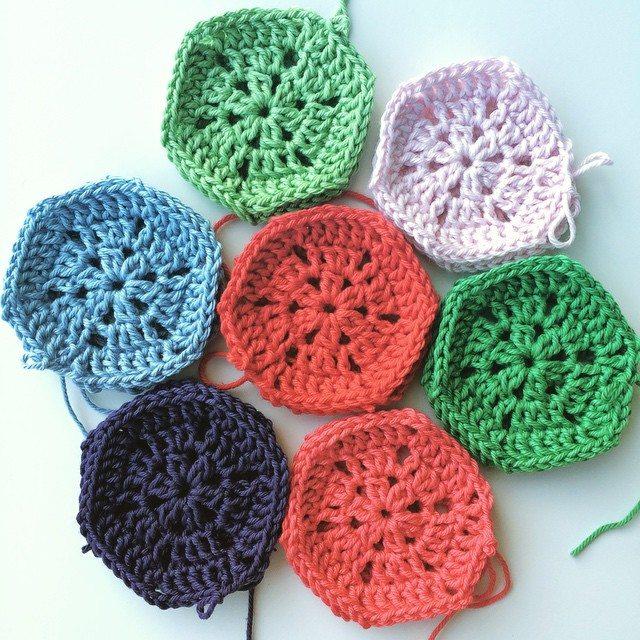 knitpurlhook crochet motifs