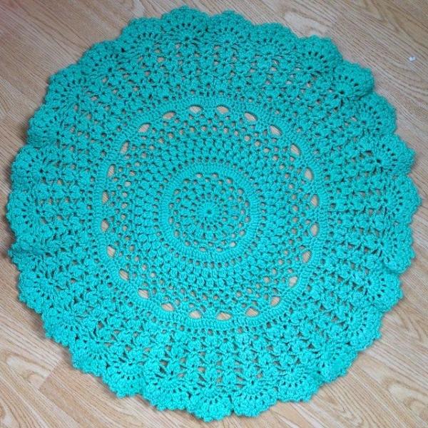 loopandlove crochet doily