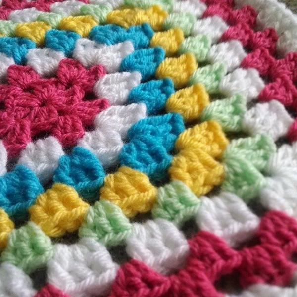 lorijo068 crochet granny square