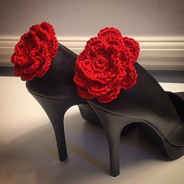 louloudeane crochet flower shoes