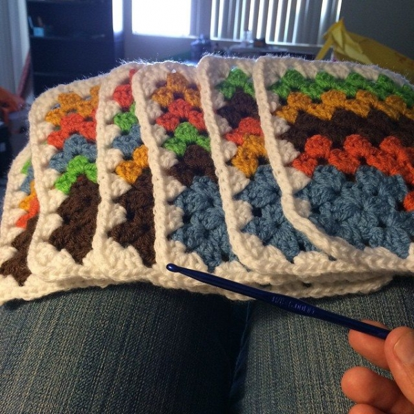 onaturbokick88 crochet square blanekt