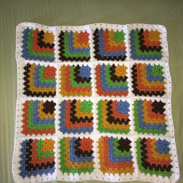 onaturbokick88 crochet squares
