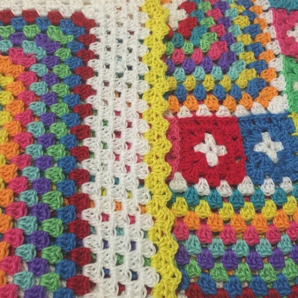 polkadottedrainbows crochet colorful granny